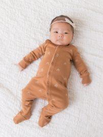 infant-unisex-skylar-footed-sleeper.ginger-peak.fit_front_1350x1800